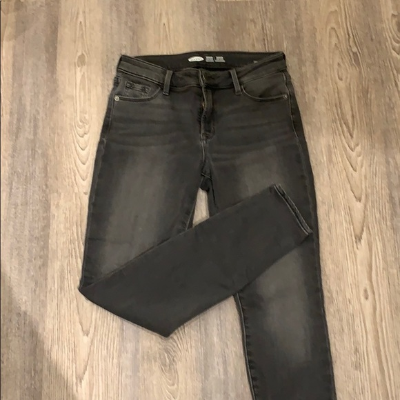 Mid-Rise Built-In Warm Skinny Jeans